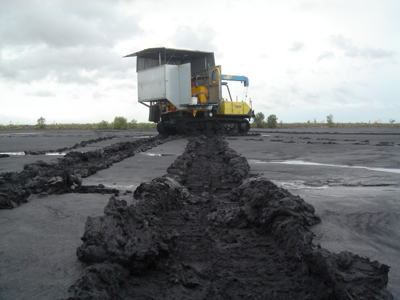 CPTS Crawler on Moura Coal Tailings Pit